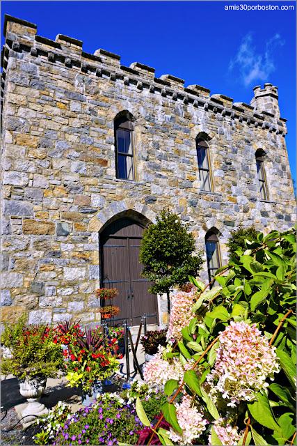 Winnekenni-Castle-Haverhill-Massachusetts