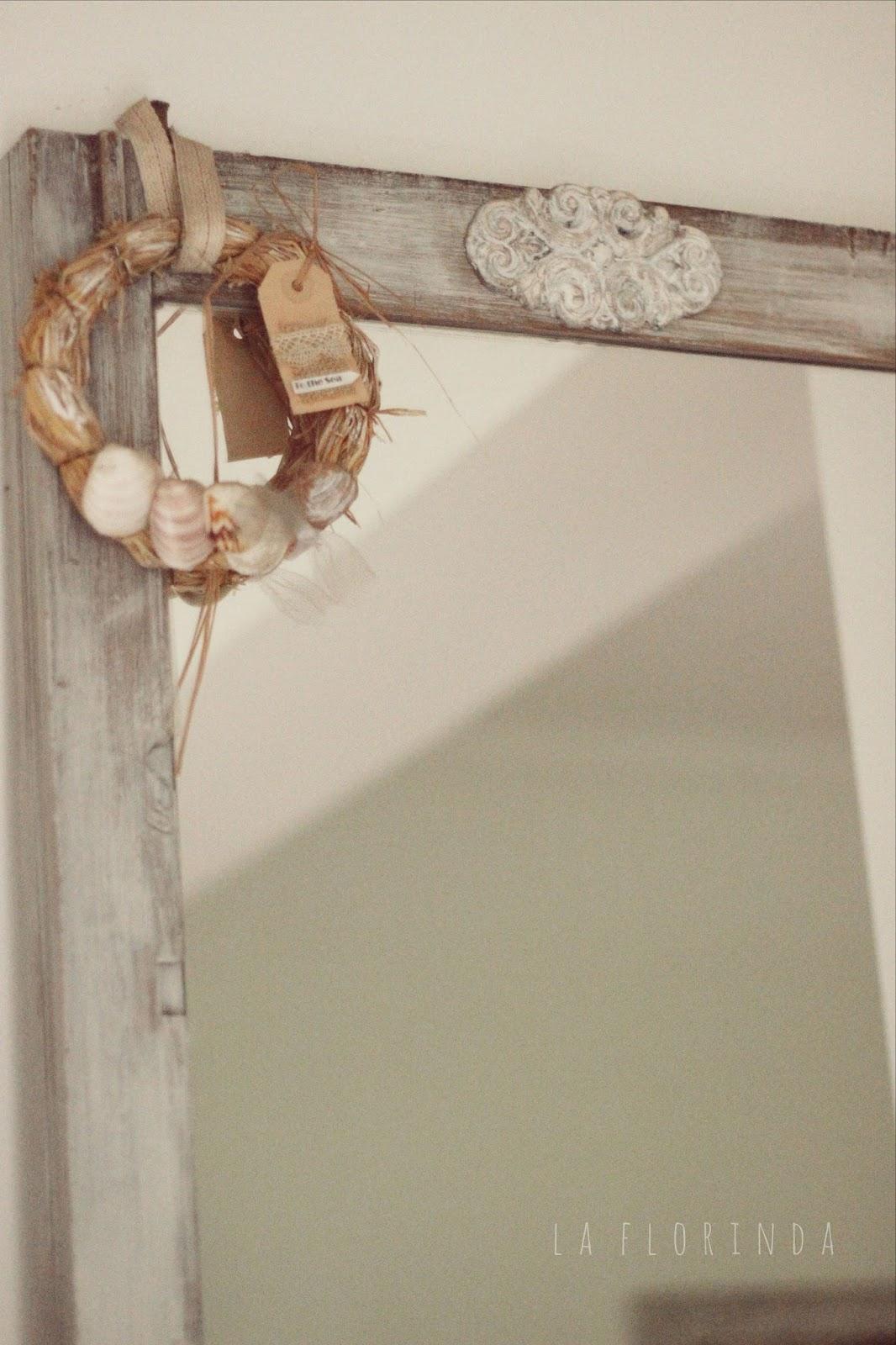 Tienda La Florinda: Gran espejo doble, marco pinotea