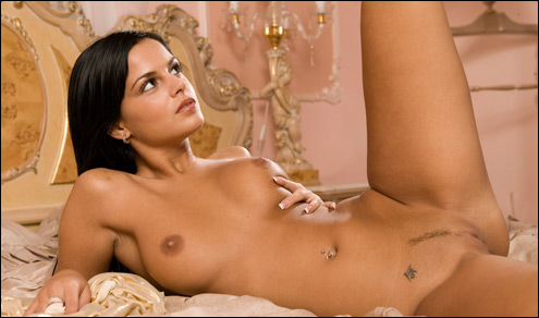 amelie femjoy model