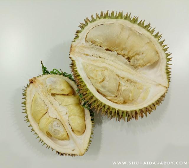 Buah Bermusim, Durian