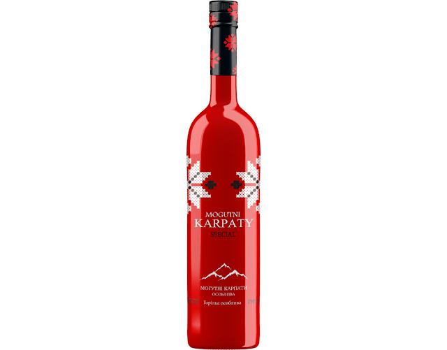 Chai-dung-ruou-Vodka-Mogutni-Karpaty-duoc-thiet-ke-boi-DanCo-Decor-Company