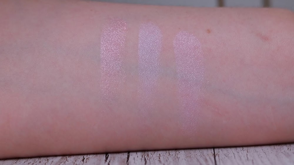 Meteorites Holographic Powder Swatch Swatches