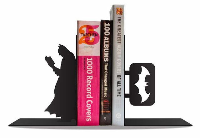 aparador-livros-batman-comics