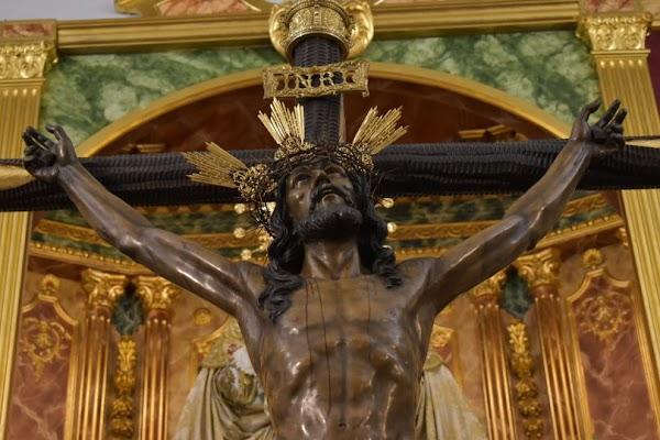 ¿En qué consiste la restauración del Santísimo Cristo de la Expiración de Huelva?