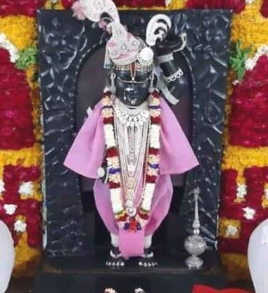 Shrinathji Ke Aaj 15 June Ke Darshan