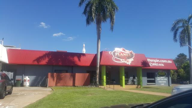 Australian BIG Things | BIG Bowling Pin in Darwin