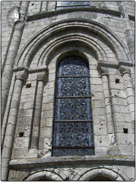 SAINT-MARTIN-DE-BOSCHERVILLE (76) - Abbatiale romane Saint-Georges de Boscherville