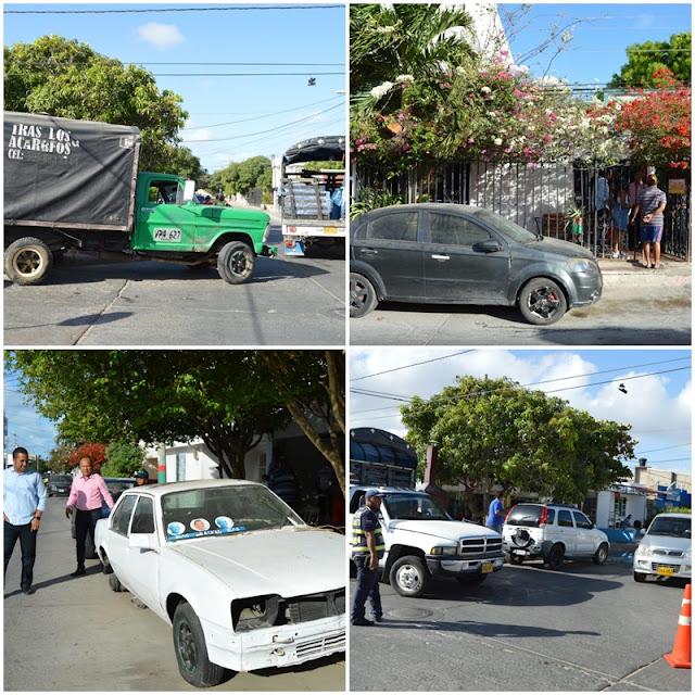 Retiran vehículos que llevan varios meses estacionados en las calles de Riohacha