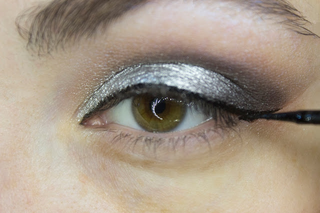 New year make-up 2018, step 6: Limoni 24h Lacquer Eyeliner