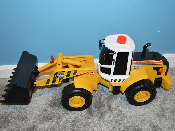 Review - Chad Valley Air Pump Loader