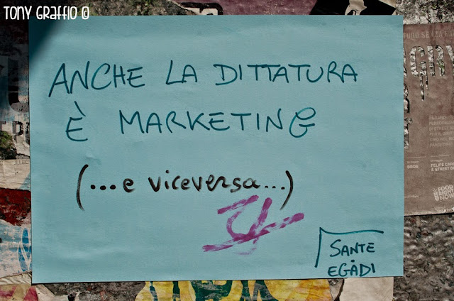 Anche la dittatura è marketing