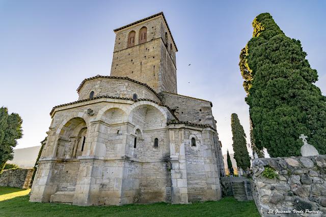 Basílica de San Justo de Valcabrere por El Guisante Verde Project