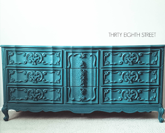diy furniture, create custom turquoise color, ascp, annie sloan chalk paint, painting dressers, dresser makeovers, how to paint a dresser, refinished dressers