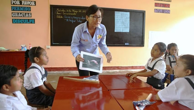 Pago de asignaciones a maestros del Minedu