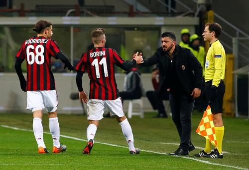 Manuel Locatelli được kì vọng trong đội hình AC Milan.