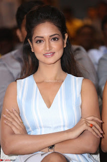 Shanvi Looks super cute in Small Mini Dress at IIFA Utsavam Awards press meet 27th March 2017 61.JPG