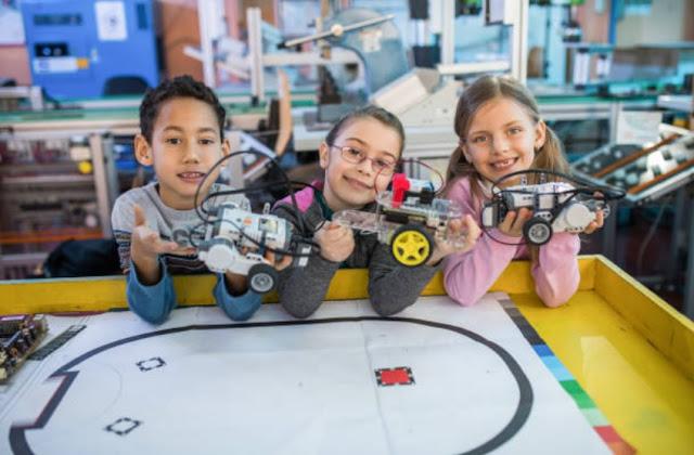 vacaciones-utiles-escolares-medio-ano-robotica-arequipa-cursos-talleres-clases-lego-arduino-2019