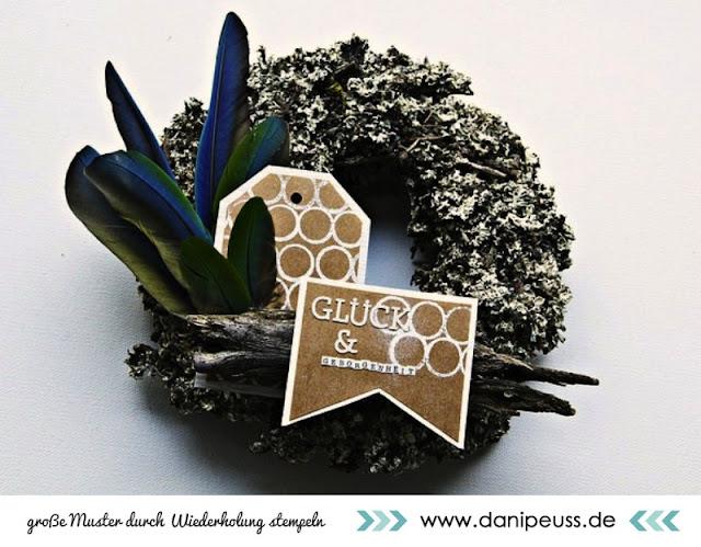 http://www.danipeuss.de/anleitungen-und-tipps/tipps--techniken/2564-grosse-muster-durch-wiederholtes-stempeln