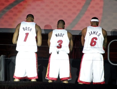 LeBron James Miami Heat Sign