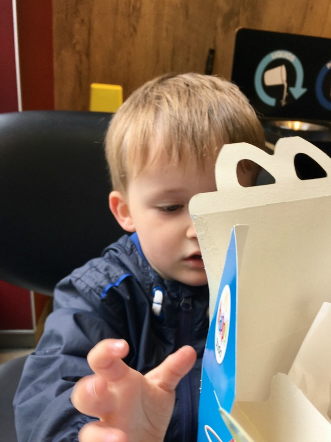 boy-with-mcdonalds-happy-meal
