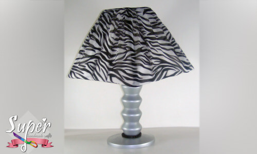 DIY-Beside-lamp-From-plastic-bottles
