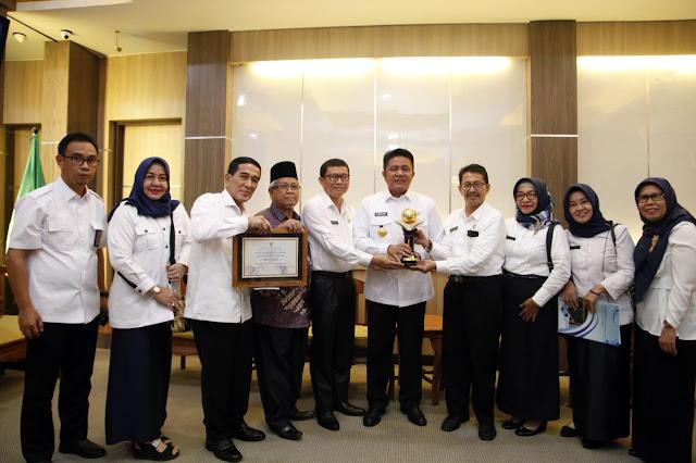 SMAN 1 Sumsel Diganjar Anugerah Adiwiyata Mandiri