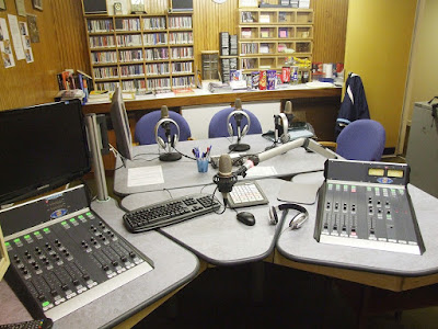 Sekolah Jurusan Broadcasting Terbaik
