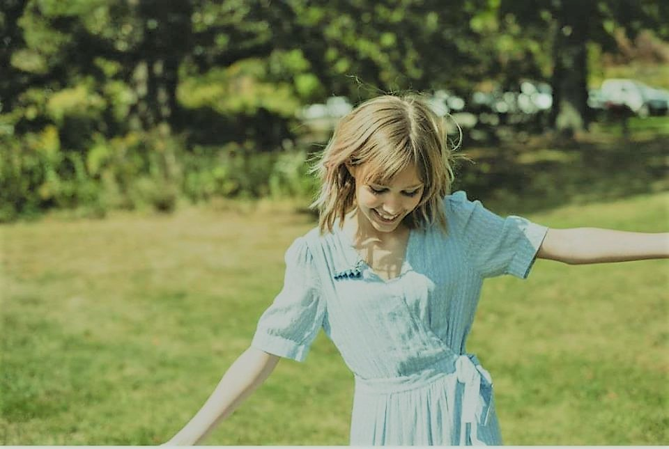 Lyric much more lyrics : Grace Vanderwaal's