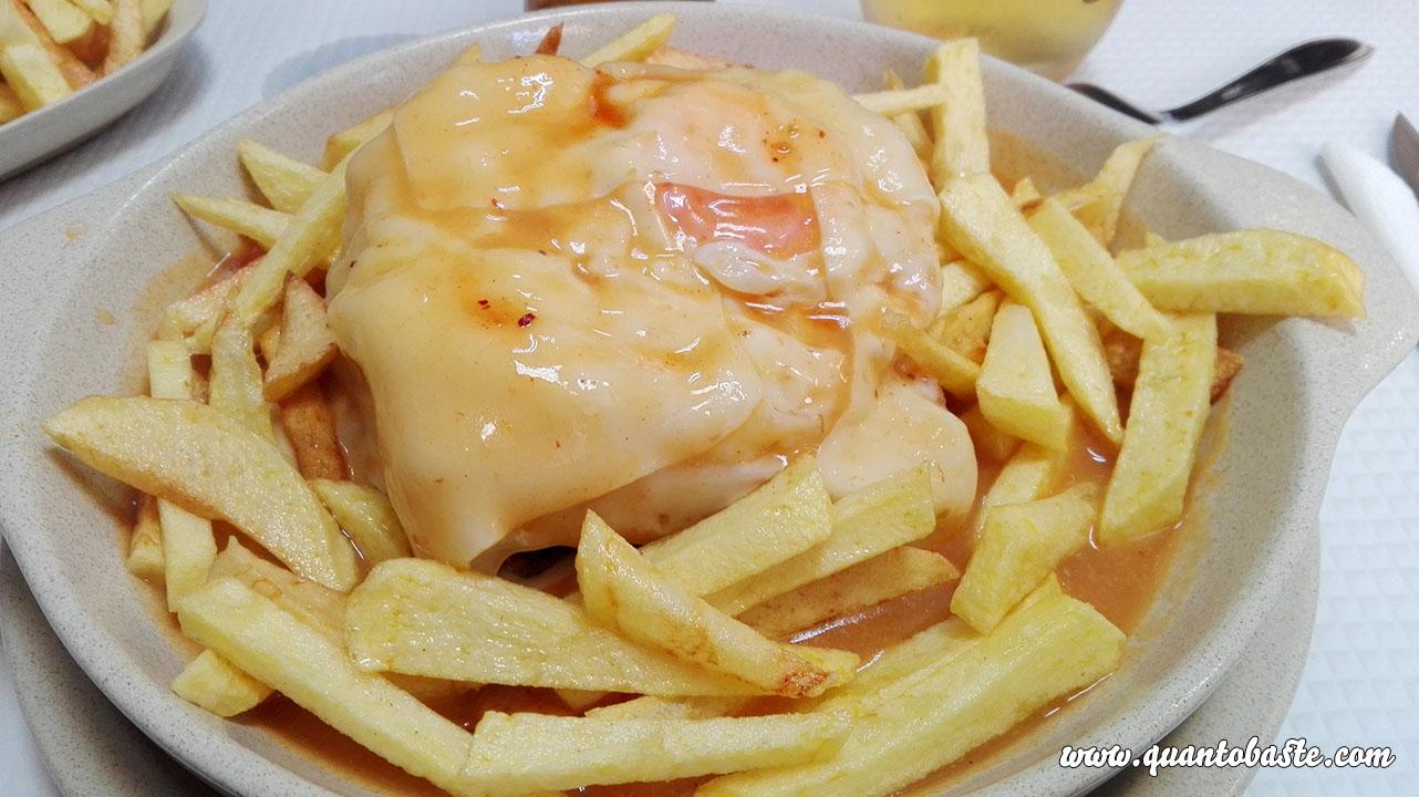 Francesinha C/ Batata frita Caseira - Imperial de Ourique