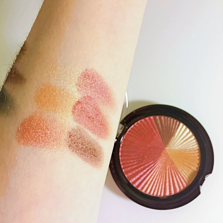 wet n wild color icon Eyeshadow Fire swatch
