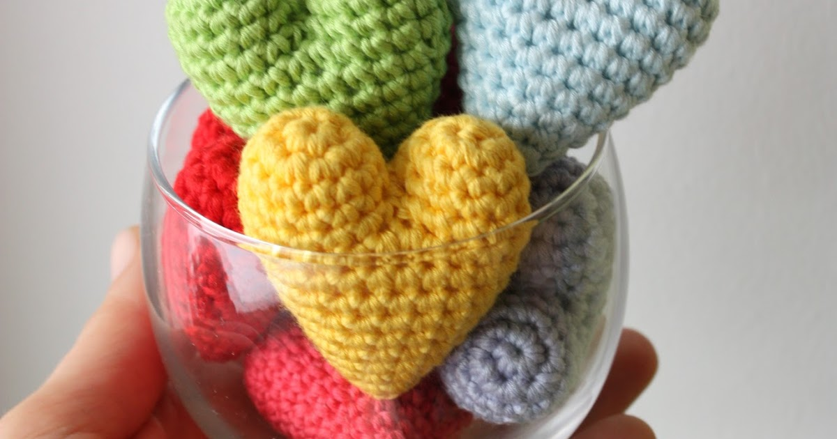 Ravelry: Amigurumi Heart pattern by HappyAmigurumi | 630x1200