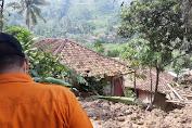 Ratusan Warga di Cianjur Masih Mengungsi Akibat Bencana Longsor