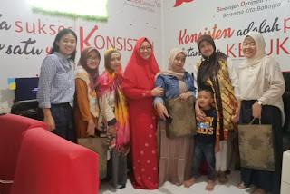 Blogger mengunjungi Indscript dan Indari Mastuti