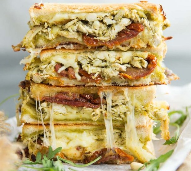 Chicken Pesto Grilled Cheese #lunch #brunch