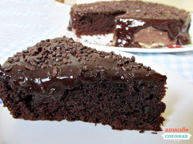 Nega maluca: Bolo de chocolate fofinho e molhado