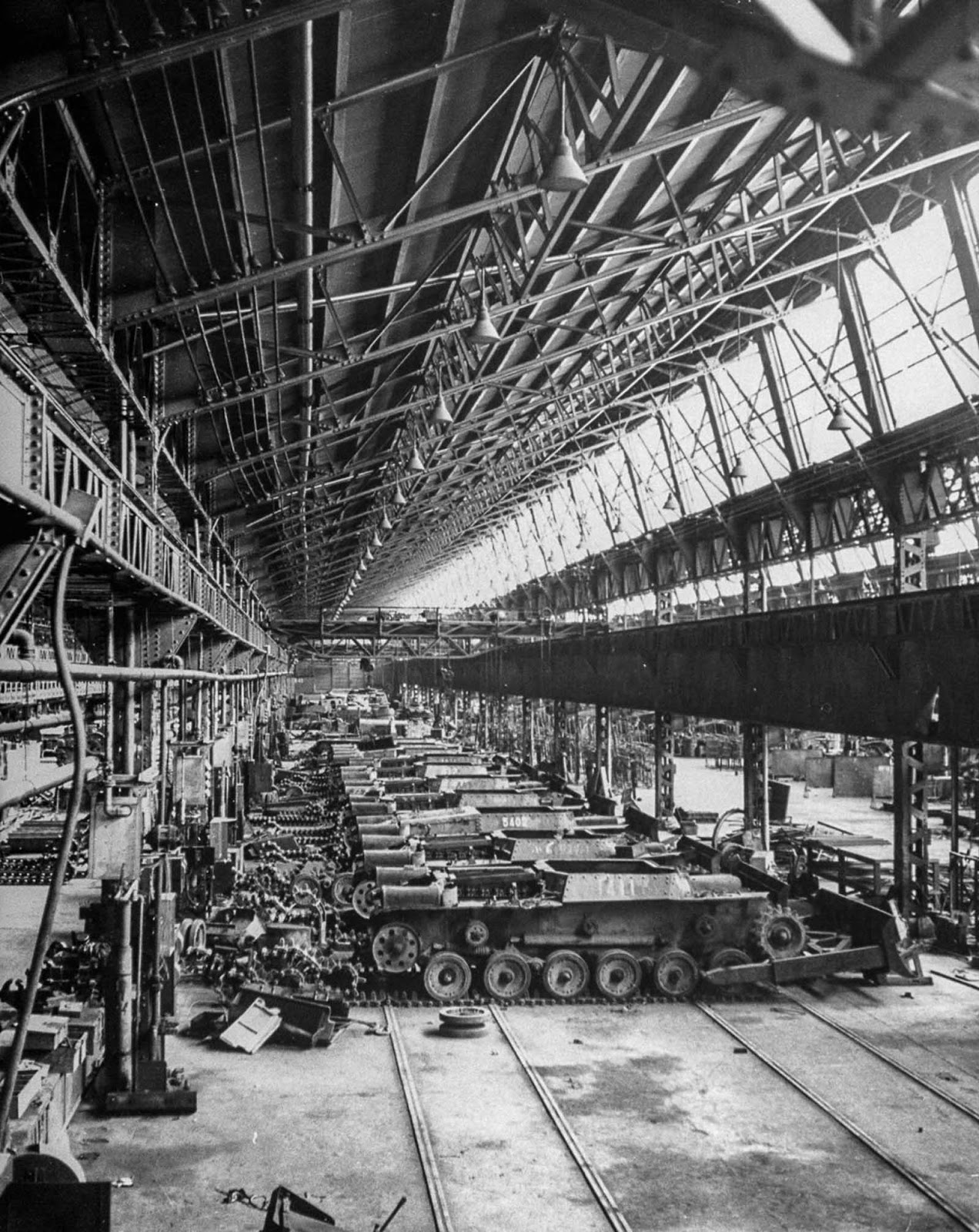 A Mitsubichi factory devoted to building medium tanks sits in disuse after the end of World War II. 1946.