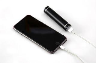Cara Mengatasi Colokan Charger USB yang Longgar Ketika digunakan