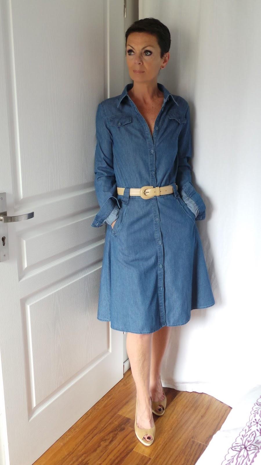 moduxe la robe en jean vas e. Black Bedroom Furniture Sets. Home Design Ideas