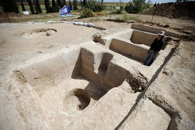 Byzantine winepress, unique lantern unearthed in dig