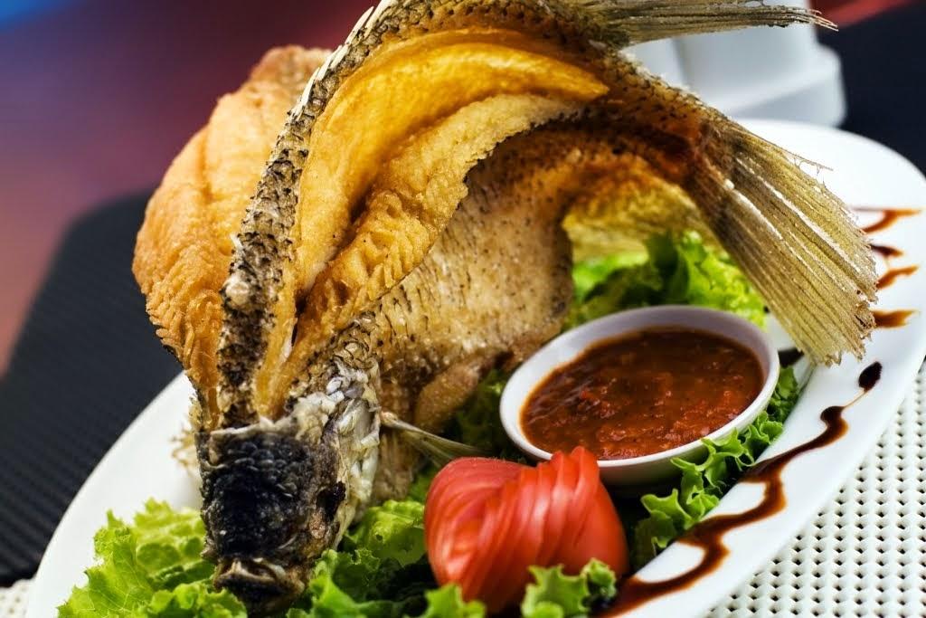 Resep Membuat Ikan Gurami Goreng Sambal Pecak - Harian Resep
