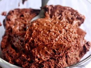 Mousse au chocolat en pâte à bombe