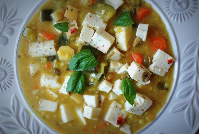 Sys,Proeco,Skworcu,zupa z soczewicy,bazylia,marchewka,pieruszka,czosnek,zdrowo,dietetyczne potrawy,