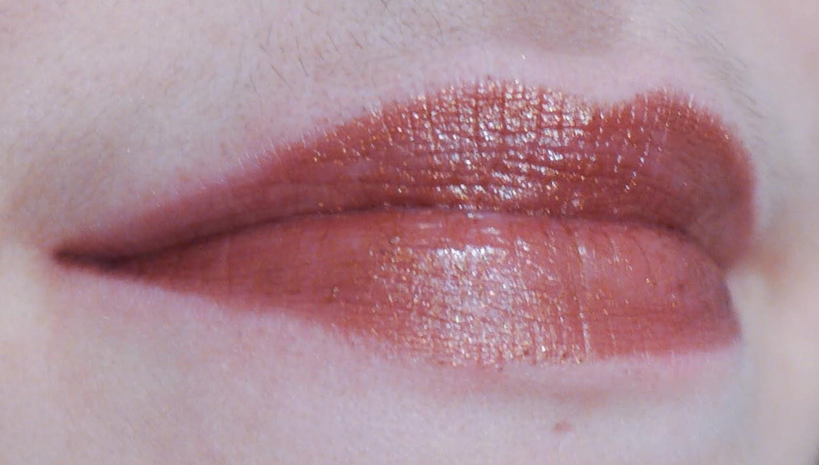 rouge à lèvres fetish