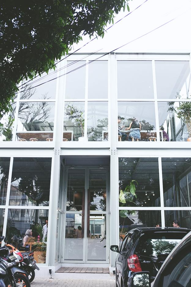 Sejiwa Coffee Shop Bandung ~ The Sweetest Escape