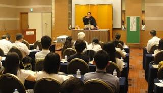 三遊亭楽春健康落語講演会、笑いと健康のメンタルヘルス講演会