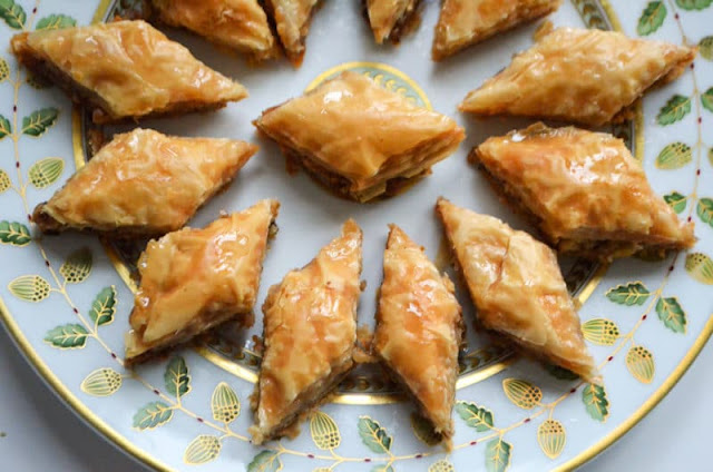 LEBANESE BAKLAWA DIAMONDS
