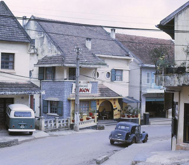 Đi tìm vẻ đẹp trời Âu ở Đà Lạt năm xưa trong những bức ảnh film quý giá
