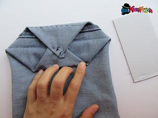 come cucire i 2 angoli per creare la fessura di fissaggio cartoncino