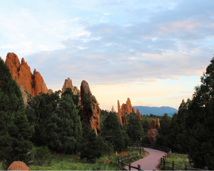 hiking at garden of the gods