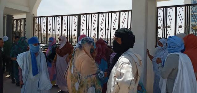 """نواكشوط : أهالي """" بوش 10 """" يحتجون من جديد أمان وزارة الإسكان..- صور"""